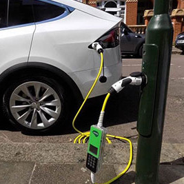 Over 200 new ubitricity EV lamp post charge points in Richmond